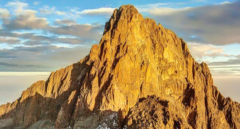 Turisté mířící Mount Kenya jsou odměněni nejkrásnějšími západy slunce v Africe